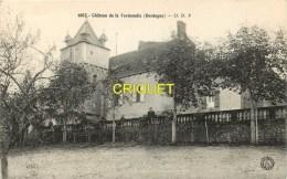 Dépt 24,  Chateau De La Vermondie, Homme Et Femme Derrière La Balustrade - France