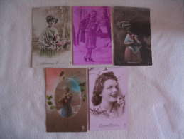"""Lot De 5 Cartes \""""FEMMES....BONNE ANNEE\""""....... - 5 - 99 Postcards"""