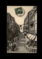 14 - TROUVILLE - La Rue De Paris - Concert - Orchestre - Trouville