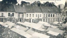 Pernes En Artois - La Grand Place Un Jour De Marché - France