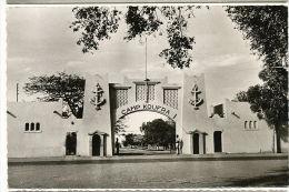 Fort Lamy 1468 L Entrée Du Camp Koufra Librairie Billeret Timbre Gabon Libreville - Tchad