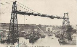 Finistère- Brest -Le Port Militaire, Le Pont Transbordeur. - Brest