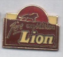 Superbe Pin´s En EGF , Lion , 1ére Expédition - Food