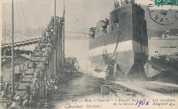 P P 910 / C  P A   MISE A L'EAU DE L'AMIRAL MAKAROFF AUX CHANTIERS DE LA SEYNE - Guerra