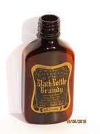 Hardys Black Bottle Brandy 50 Ml 37.1 % Vol Vide - Miniatures