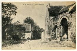 Montgeroult  - Entrée De Ferme - France