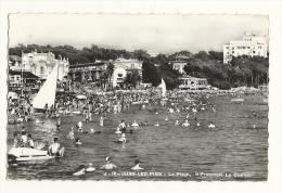 Cp, 06, Juan-les-Pins, La Plage, Le Provençal, Le Casino, Voyagée 1952 - Antibes