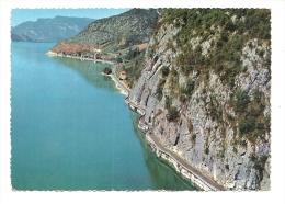 Cp, 73, Lac Du Bourget, Route En Corniche Et Village De Brison-les-Oliviers, Au Pied De La Chambotte, Voyagée 1964 - Non Classés