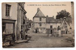 BAUGE (49) - CARREFOUR DES RUES VOLTAIRE ET WILSON - France
