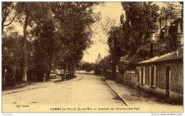 77- COMBS-la-VILLE- Avenue Du Chemin De Fer- - Combs La Ville