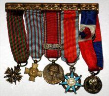 Barette De 5 Déco Miniatures: Croix De Guerre 39 40; Croix Combattant; Verdun; Mérite Sociale; Travail - Medals