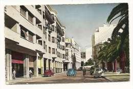 PAYS MAROC  Rabat Avenue De La République Voitures Anciennes Volkswagen Coccinelle Peugeot 203 Année 1958 Voir 2 Scans - Rabat
