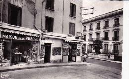 AMELIE LES BAINS Carrefour Rues Des Thermes Et Vallespir Maison De Repos Saint Valentin  Maison De La Presse Animé - France