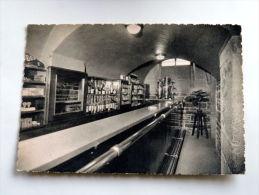 Carte Postale Ancienne : Ecole Du Service De Santé Militaire LYON : Foyer Des élèves , Le Bar - Altri