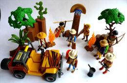 PLAYMOBIL   �quivalence BOITE 3018 safari jeep + Tribu africains 1998