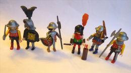 PLAYMOBIL 6 SOLDATS MEDIEVAUX CHEVALIERS HOMMES D'ARMES