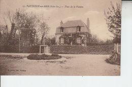 76 VATTETOT SUR MER - (animé) Place De La Victoire - D21 - Non Classés