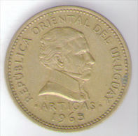URUGUAY 5 PESOS 1965 - Uruguay