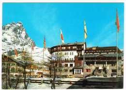 M551 Cervinia (Aosta) - Albergo Gran Baita E Partenza Della Funivia - Auto Cars Voitures / Non Viaggiata - Altre Città