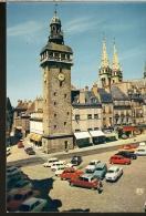 CPSM 03 MOULINS Le Beffroi Jacquemart Et Les Flèches De La Cathédrale , Autos DS , 2CV , R6 , 4L , 404 - Moulins