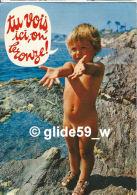 Sur La Plage - Tu Vois Ici, On Bronze ! - N° E PL999 275.0011 - Humour