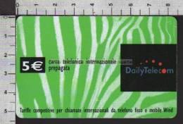 S1884 CARTA PREPAGATA DAILY TELECOM 5 EURO POWERED WIND Scad. 31.12.2005 PREPAID CARD - Italia