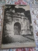 60 -  FORET DE COMPIEGNE PRES VIEUX MOULIN -  RUINES DE L'ANCIEN PRIEURE DE ST PIERRE EN CHARTRES - CPA ECRITE EN 1920 - France