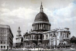London. St. Paul's Cathedral - St. Paul's Cathedral