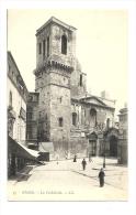 Cp, 30, Nîmes, La Cathédrale - Nîmes