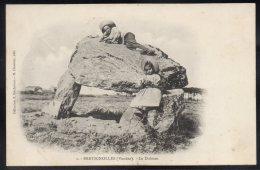 CPA BRETIGNOLLES 85 - Le Dolmen - Animée - Précurseur - Collection Rochereau - Editeur Charrier - Bretignolles Sur Mer