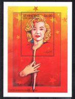 St.Vincent - 1995 Marilyn Monroe Block (1) MNH__(TH-4462) - St.Vincent (1979-...)