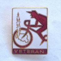 Badge / Pin (Cycling) - Yugoslavia Veteran #77 - Cycling