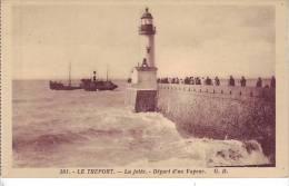 76 LE TREPORT - (animé, Phare) La Jetée - Départ D´un Vapeur - D12 159 - Le Treport