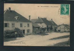 BELLEHERBE - Rue Principale - Autres Communes