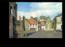 FALKLAND PALACE Burgh Of Fife  & Royal Palace Of Stuart Kings 1969  ( Auto Ford Anglia ) - Fife