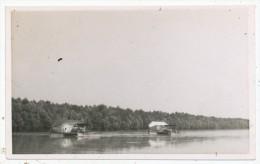 Unidentified River Or Coastline, Unusual Waterside Structures - Postcards