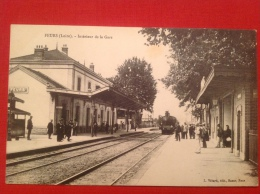Cpa 42 FEURS Intérieur De La Gare Arrivée Du Train - Feurs