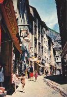 """Cp , 05 , BRIANÇON , Alt. 1 326 M. , Rue Pittoresque De La Vieille Ville Médiévale """"La Grande Gargouille"""" - Briancon"""