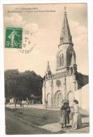 ILE D'OLERON. - L'Eglise Et La Place St-Denis - Ile D'Oléron