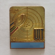 Badge / Pin (Shooting Weapons) - USSR SSSR CCCP Moskva Moscow 15th World Championship 1990 UIT Union Internationale Tir - Badges