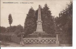 SENS-DE-BRETAGNE: Le Monument Aux Morts - France