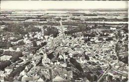 Carte Postale De CHATILLON SUR LOIRE - L'Eglise Et Le Bourg Vers La Loire. - Chatillon Sur Loire