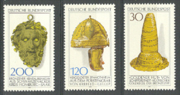 BL3-71 GERMANY 1977 MI 943-945 ARCHEOLOGY, ARTEFACTS FROM ANCIENT CULTURES. MNH, POSTFRIS, NEUF**. - Archeologie