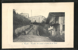 CPA Cambo, Escaliers Tres Anciens Et Entrée De La Ville - Non Classés