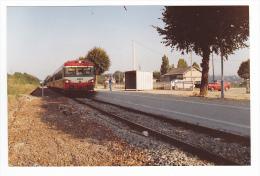 77 Mouroux PHOTO Train Autorail à Quai En Gare Le 10 Août 1990 Voir DOS - Eisenbahnen