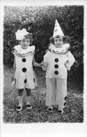 ��  -  Carte Photo non Situ�e  -  Deux Jeunes Enfants d�guis�s en Pierrot et Colombine  -  ��