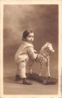 ¤¤  -  Carte Photo Non Située  -   Bébé Avec Son Cheval De Bois     -  ¤¤ - Jeux Et Jouets