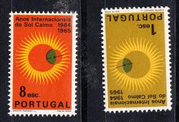 PORTUGAL 1964.AFINSA: 937/938.ANOS INTERNACIONAIS DO SOL CALMO.NUEVO SIN    CHARNELA   .VER FOTO SES 539 - 1910-... République