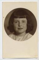 Bambina - Foto - 4 - Formato Piccolo Non Viaggiata - V - Portraits
