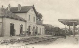 VAUCOULEURS   ( Meuse )   -  LA  GARE - France